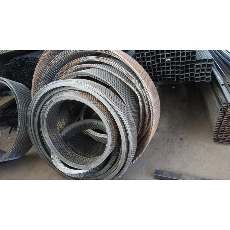 Просечка сталь (бухта) 3,2-2,0мм*24,0см